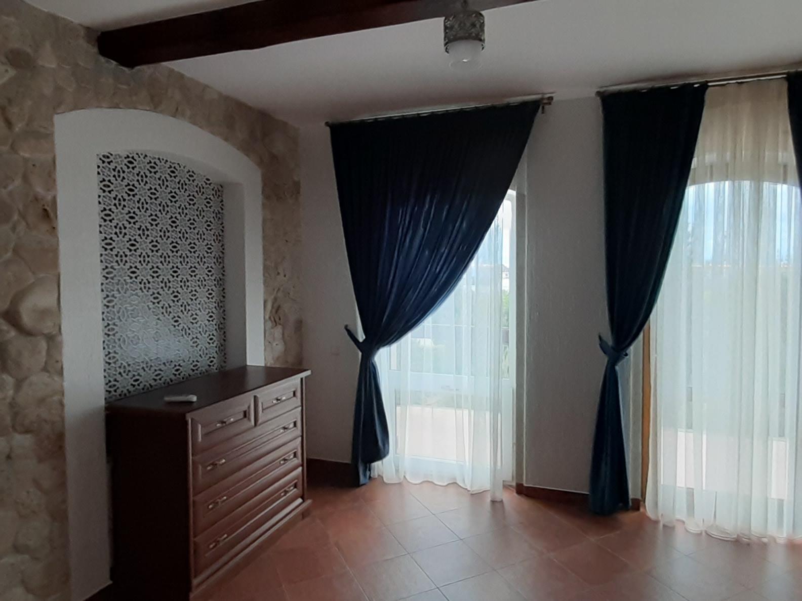 Комната  на 2 этаже