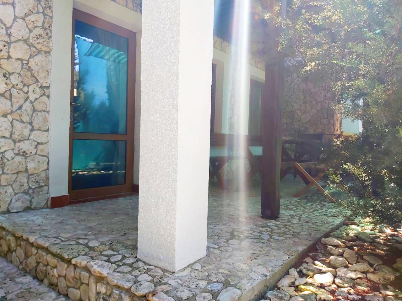 Терраса перед входом